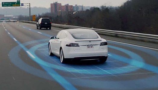 Истражување: На возачите кои користат Autopilot им треба три пати повеќе време за реакција